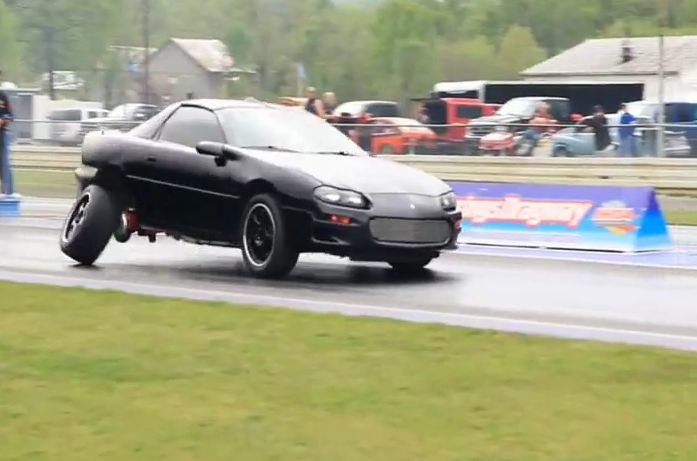 Video: All 10 Rear Lug Nuts Fail After Hard Launch