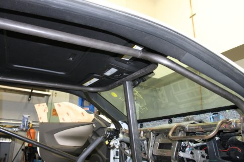 Getting Cagey: What You Need To Know About Installing A Rollcage
