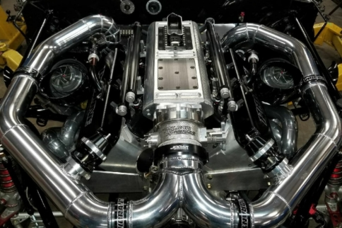 Big Boost: Street Outlaws Star Monza Makes Switch To Twin Turbos!